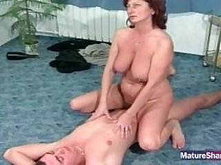Pudgy Brunette Jiggled While Banged