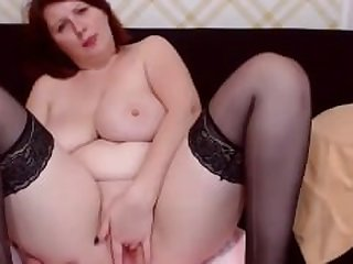 Mature busty milf Ella fingering on webcam