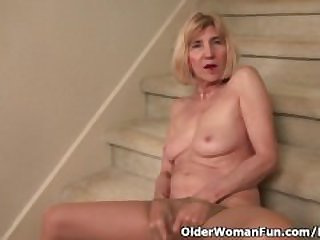 Skinny grandma Bossy Rider gets her..
