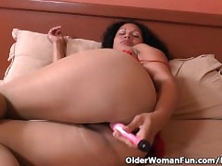 Latina milf Sharon gets highly aroused..