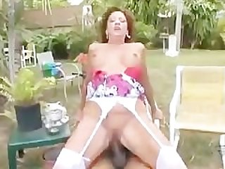Sexy cougar Margo Sullivan banging