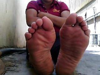 feet soles venezuelan latina