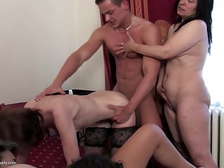 Amateur private party with matures and..