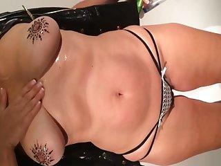 Big Tit Mature Masturbate