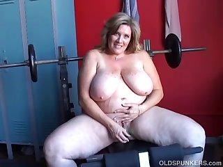 Beautiful big tits old spunker wishes..