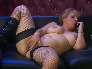 British MILF Wants Your Cum 1