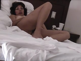 LICKING PUSSY ASIAN WIFE