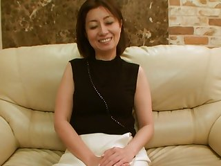 46yr old Sumako Arigo Loves Creampies..