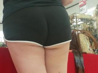 big candid booty 1