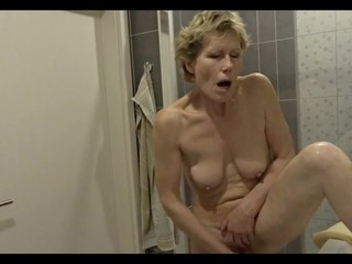 Granny's bathroom, pt.2